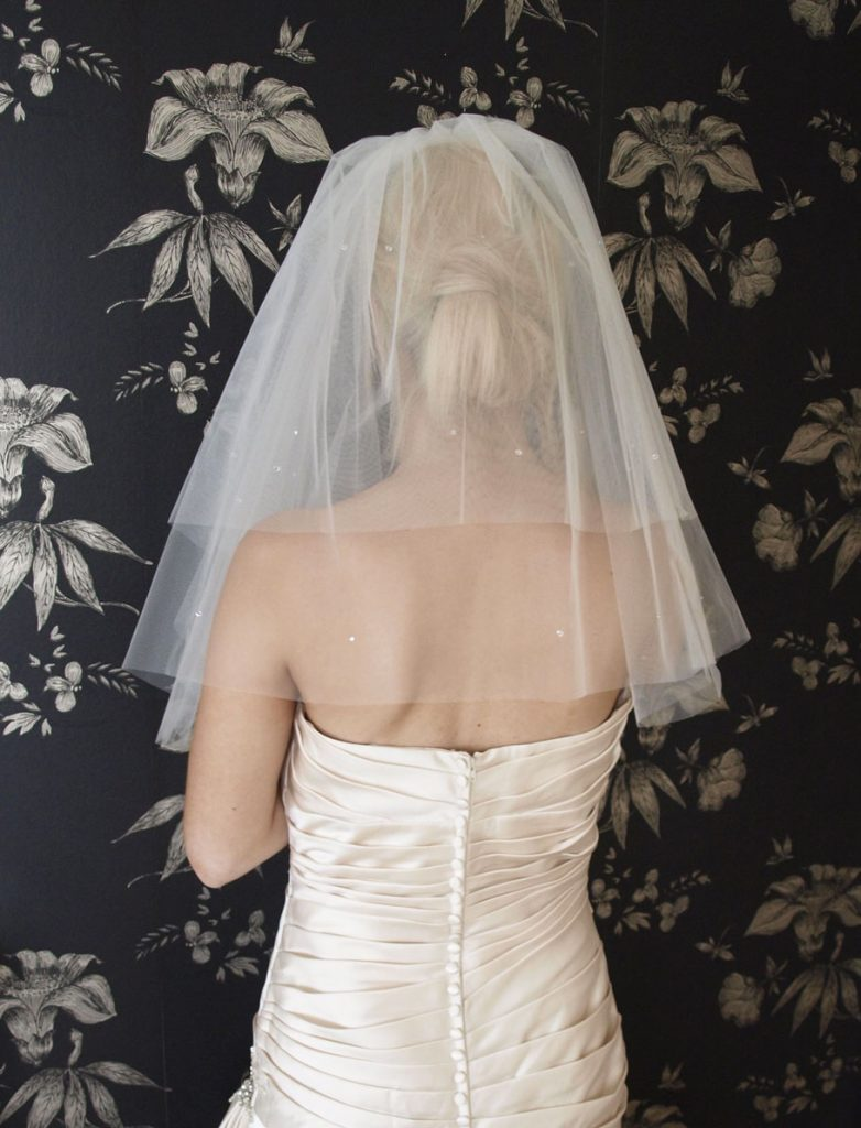 Wedding dress accessories the white wedding house brooklyn junglespirit Images